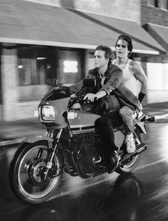 """""""The motorcycle boy reigns"""" - Matt Dillon and Mickey Rourke in Rumble Fish (Francis Ford Coppola, Mickey Rourke, Old Movies, Great Movies, Young Matt Dillon, Movie Stars, Movie Tv, Gena Rowlands, Francis Ford Coppola, Faye Dunaway"""