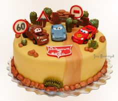 Cars Cake Mcqueen Cake, Toy Storage Bins, Birthday Cake, Desserts, Food, Cars, Google, Tailgate Desserts, Deserts