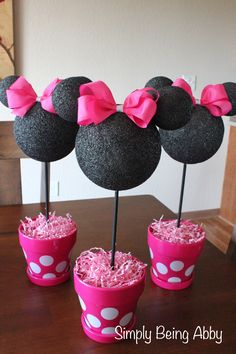 Minnie Mouse Centerpiece Decorations | Simply Being Abby