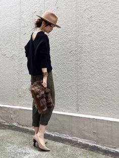 コレカウの記事「アラサー女子のバレンタインコーデはスッキリお洒落にがポイント♡」。今話題のファッションやトレンド情報をご覧いただけます。ZOZOTOWNは2,000ブランド以上のアイテムを公式に取扱うファッション通販サイトです。