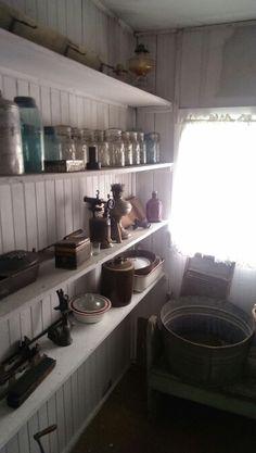 Villisca ax murder house, Villisca Iowa, haunted house, ghost hunting.