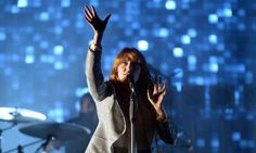 Glastonbury 2015: Friday evening as it happened – Florence   the Machine, Mark Ronson and more