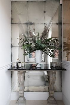 Antiqued mirror glass installation in a private residence, London - by Rupert Bevan Mirror Panel Wall, Hallway Mirror, Hallway Wall Decor, Hallway Decorating, Large Wall Mirrors, Niche Living, Living Room Mirrors, Living Room Decor, Lounge Mirrors