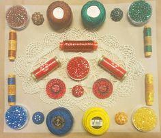 Giochi di Colore: Bottoni, Spagnolette, Gomitolini Perlè, Spagnolette di Pura Seta Bozzolo e Perline!
