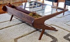 Mid Century Modern carved coffee table inspired by Ico Paris.- Mid Century Modern carved coffee table inspired by Ico Parisi Mid Century Modern carved coffee table inspired by Ico Parisi -