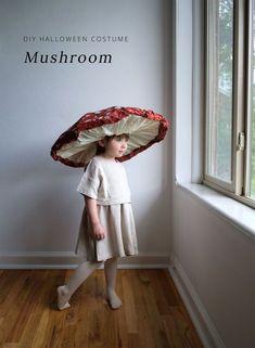 DIY mushroom costume Diy Halloween Costumes For Kids, Holidays Halloween, Halloween Party, Halloween Decorations, Kid Costumes, Costume Ideas, Women Halloween, Children Costumes, Simple Costumes