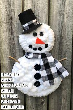 How To Make A Snowman Wreath / DIY Christmas Wreath - Best Christmas Content Snowman Door, Make A Snowman, Snowman Wreath, Frosty The Snowmen, Snowman Crafts, Diy Wreath, Christmas Crafts, Snowflake Wreath, Snowman Ornaments