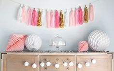 An original touch in your decoration !  This elegant tassel garland will make a statement at any event or celebration