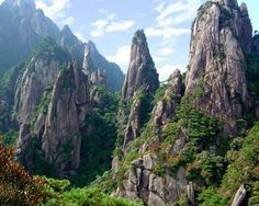 a summit meters above sea level, Mount Song, known in Chinese as Song Shan, is one of the Five Sacred Mountains of Taoism. It is located in the Dengfeng district of Henan province and sits. Places To Travel, Places To Visit, Travel Destinations, Asian Landscape, Sacred Mountain, Visit China, Zhengzhou, Taoism, China Travel