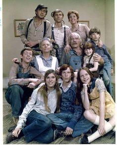 John, John-boy, Olivia, Jason, Esther (Grandma), Zeb (Grandpa), Elizabeth, Jim-Bob, Mary Ellen, Ben, and Erin Walton. .