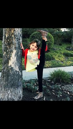 Nickelodeon Girls, Nickelodeon Shows, Nickelodeon The Thundermans, Jojo Siwa, Jacob Black, Full House, Rainbow Dash, Winchester, Ariana Grande