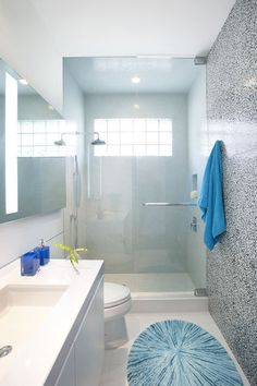 moderna casa de banho por DKOR Interiors Inc. - Interior Designers Miami, FL
