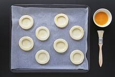 Pastetchen selber machen Plastic Cutting Board, Recipes, Food, Diy, Tips, Essen, Meals, Ripped Recipes, Eten