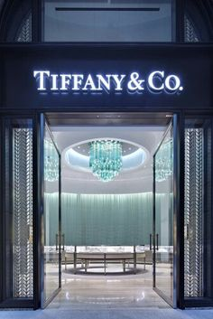 Tiffany's a sheer delight to wander around and through the three floors in New York. One is dazzled with the pure opulence of Tiffany's and to leave with a divine Tiffany blue box and white ribbon is supreme happiness. JH