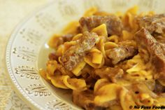 Beef Tips and Noodles Rice Dishes, Pasta Dishes, Main Dishes, Beef Tips And Noodles, Cake Wallpaper, Good Food, Yummy Food, Secret Recipe, Food Pictures