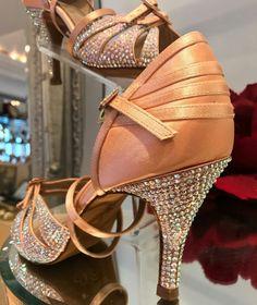 Ladies Ballroom Latin Dance Shoes Dance Outfits, Dance Dresses, Latin Dance Shoes, Dancing Shoes, Dance Costumes, Salsa Costumes, Salsa Shoes, Ballroom Dance Shoes, Tango Dress