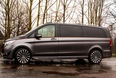 Larte Design will showcase this new Mercedes-Benz V-Class dubbed Black Crystal at the Geneva Motor Show See it here. Mercedes Benz Viano, Mercedes Black, Mercedes Van, Private Jet Interior, Luxury Van, Daimler Ag, Van Design, Geneva Motor Show, Expedition Vehicle