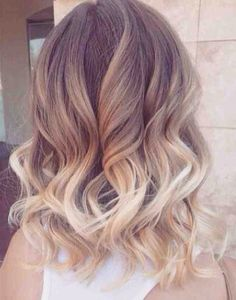 In love curlys & two toned big hair envy ❤️❤️❤️ #hair #beauty #hairstyles #love #blondie #girls