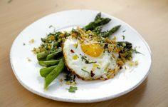 Pan Roasted Asparagus with Crispy Fried Egg recipe | Giada De Laurentiis