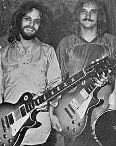 #DonFelder #JoeWalsh #Eagles #GibsonLesPaul Joe Walsh Eagles, History Of The Eagles, Eagles Band, Famous Guitars, Glenn Frey, Les Paul Guitars, American Music Awards, Gibson Les Paul, Stevie Nicks