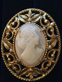Vintage Florenza hand carved shell cameo, Real cameo, Cameo pendant, Cameo brooch, Gift for Her, Estate Jewelry by MeAndMoma on Etsy