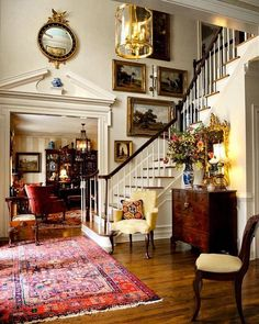 Traditional Interior, Traditional House, Traditional Decorating, Style At Home, Foyer Decorating, Interior Decorating, Decorating Tips, Design Entrée, English Decor