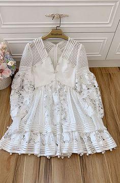 Stylish Dresses, Cute Dresses, Beautiful Dresses, Casual Dresses, Simple Pakistani Dresses, Pakistani Dress Design, Dress Outfits, Fashion Dresses, Jugend Mode Outfits