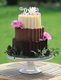 3 kinds of chocolate wedding cake : - Cake by Lucya