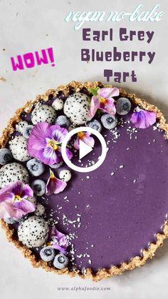 Raw Cake, Vegan Cake, Vegan Desserts, Tart Recipes, Dessert Recipes, Vegan Tarts, Berry Tart, Vegan Blueberry, Rainbow Food