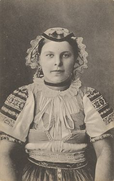 Woman of Podkonice (Slovakia) by Pavol Socháň 1912 Heart Of Europe, Westerns, Ethnic, Culture, Costumes, Embroidery, History, Country, Recipes