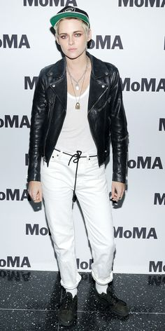 Kristen Stewart stuck to her casual vibes for a MOMA screening. We love the contrast her white jeans, T-shirt, and socks give next to her black jacket, belt, and shoes.