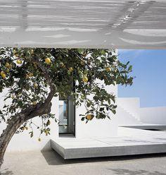 Carlos Ferrater - A PHOTOGRAPHER House II in Tarragona, Spain (2006)