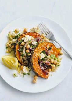 roasted pumpkin, feta and quinoa salad. Healthy, tasty and… - Salat Think Food, I Love Food, Food For Thought, Donna Hay Recipes, Whole Food Recipes, Cooking Recipes, Dessert Recipes, Cooking Tips, Pudding Recipes
