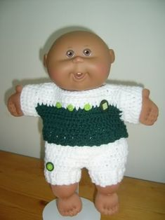 Eco baby outfit free pattern can be found at http://www.crochetville.com/community/topic/63026-eco-baby-14-cpk/