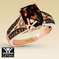 I don't know why, but I LOVE these Le Vian Chocolate Diamond Rings. This is gorgeous!!