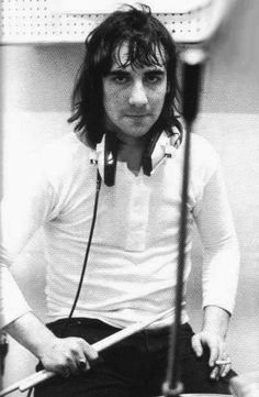 One of the best rock drummers of all time with such a unique style, Keith Moon aka Moon the loon