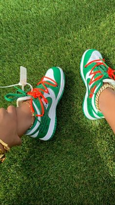 Jordan Shoes Girls, Girls Shoes, Sneakers Fashion, Fashion Shoes, Nike Air Shoes, Aesthetic Shoes, Cute Sneakers, Hype Shoes, Fresh Shoes