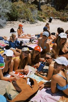 liacerruti   VSCO Summer Photos, Bikinis, Swimwear, Vsco, Wrestling, Image, Bathing Suits, Lucha Libre, Summer Pictures