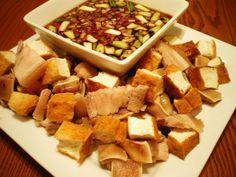 Tokwa baboy: Pork and tofu in a soy-vinegar sauce with Arroz Caldo Filipino Dishes, Filipino Recipes, Filipino Food, Filipino Appetizers, Tofu Recipes, Asian Recipes, Cooking Recipes, Asian Foods, Philippines Food