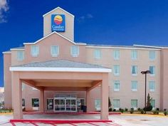 Elk City (OK) Comfort Inn and Suites Elk City United States, North America The 3-star Comfort Inn and Suites Elk City offers comfort and convenience whether you're on business or holiday in Elk City (OK). The hotel offers a wide range of amenities and perks to ensure you have a great time. 24-hour front desk, facilities for disabled guests, Wi-Fi in public areas, car park, newspapers are just some of the facilities on offer. Comfortable guestrooms ensure a good night's sleep w...