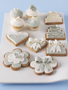wedding biscuits and cup cakes