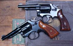 A beautiful pair of S&W model 10's !