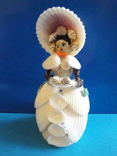 Sea Shell Seashell Doll & Mouse Figurine