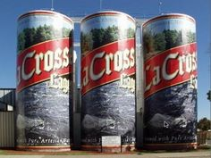 World's Largest Six Pack! (and other strange roadside attractions!)