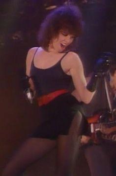 Fuck Yeah Pat Benatar — badass-women-of-rock: Pat Benatar Pat Benatar, Pop Rock, Rock And Roll, Dolly Parton Pictures, 80s Rock Fashion, Top 10 Hits, Hot Poses, Women Of Rock, Joan Jett