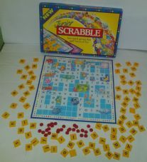 JUNIOR SCRABBLE - CHILDRENS WORD BOARD GAME - SPEARS 1995 - 100% COMPLETE VGC
