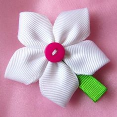 Items similar to White 5 - Petal Flower Clippie with Button Center on Etsy Ribbon Art, Ribbon Crafts, Ribbon Bows, Ribbons, White Ribbon, Diy Hair Bows, Bow Hair Clips, Flowers In Hair, Fabric Flowers
