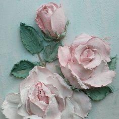 Доброго и прекрасного утра! Ну и пусть на улице пасмурно, в душе цветут розы и светит солнце! #скульптурнаяживопись #скульптурнаяживописьекатеринбург #творческая_мастерская_мастихин #рельефнаяштуктурка #декоративнаяштукатурка #любовь_с_первого_мазка_мастихина