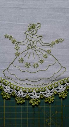 Hand Embroidery Videos, Hand Embroidery Flowers, Embroidery Stitches, Embroidery Patterns, Crochet Patterns, Creative Embroidery, Modern Embroidery, Vintage Embroidery, Bonnet Pattern