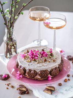 Most Delicious Recipe, Delicious Desserts, Pesco Vegetarian, Finnish Recipes, Just Eat It, Cake Videos, Drip Cakes, Fancy Cakes, Fondant Cakes